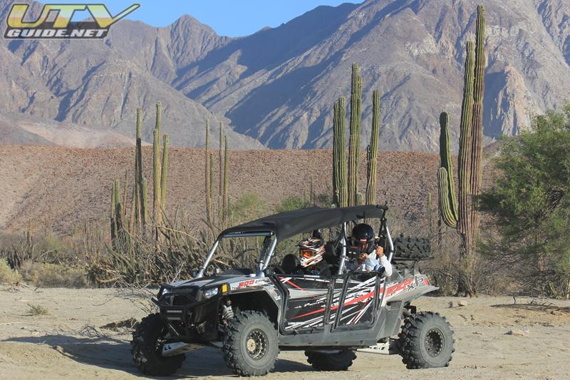 Side x Side Outfitterz Polaris RZR XP 4