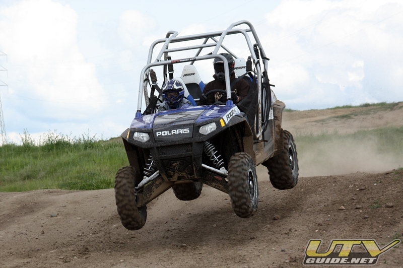 Polaris RZR 4 Jumping