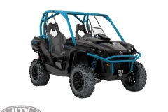 2019 Commander XT 800R Carbon Black _ Octane Blue_3-4 front