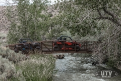Maverick Trail DPS 1000 - Can-Am Red - White - Bridge