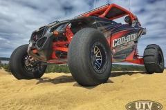 Can-Am-Maverick-X3-Buildup-006