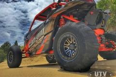 Can-Am-Maverick-X3-Buildup-012