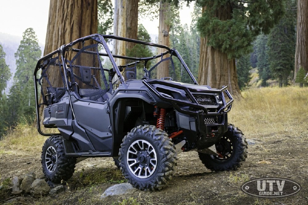 honda introduces pioneer 1000 limited edition le models with i 4wd utv guide. Black Bedroom Furniture Sets. Home Design Ideas