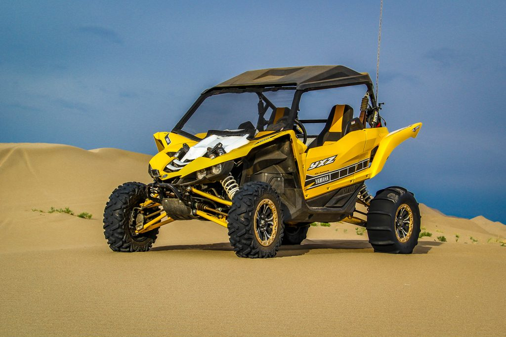 Yamaha YXZ1000R with Rogue Powerscreen