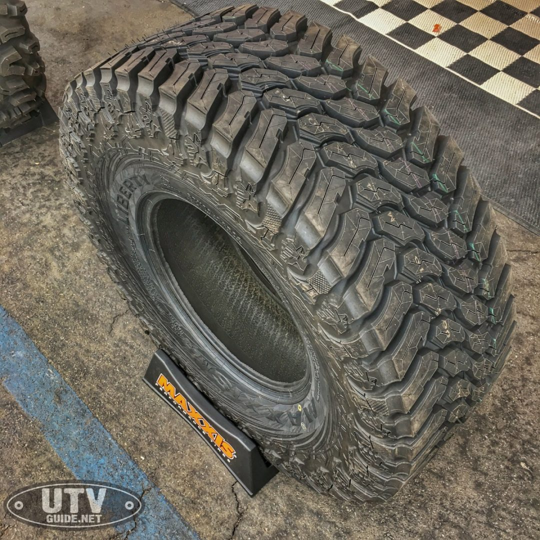 32X10.00R15 Maxxis Liberty Tire