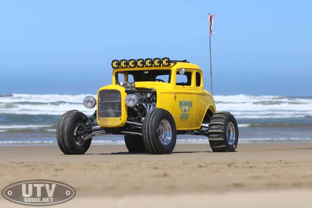 RUGGED RADIOS '32 FORD RZR HOT ROD